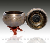 tibetan_etching_singing_bowls_in_india_2